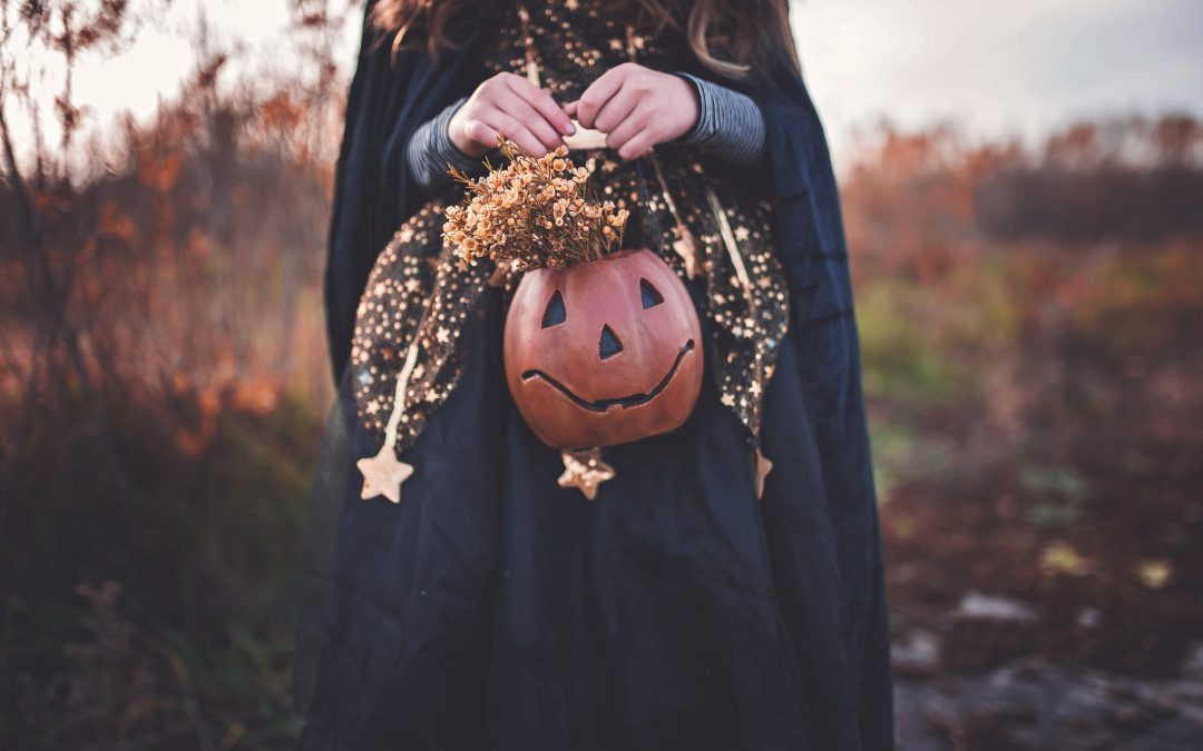Spooky Gift Ideas for Halloween from Etsy